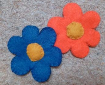 07 broche ou barette fleur