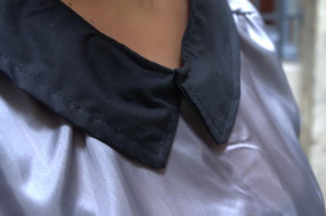 Airelle grise à manches courtes - col